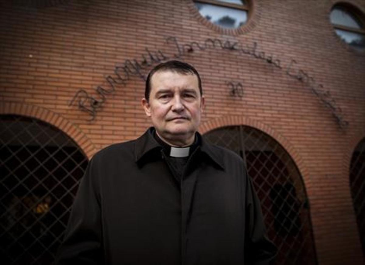 El sacerdote Custodio Ballester.