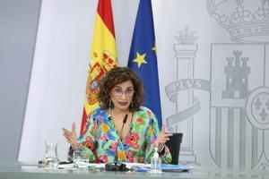 La portavoz del Gobierno, María Jesús Montero, en rueda de prensa posterior al Consejo de Ministros de este 25 de mayo, en la Moncloa.