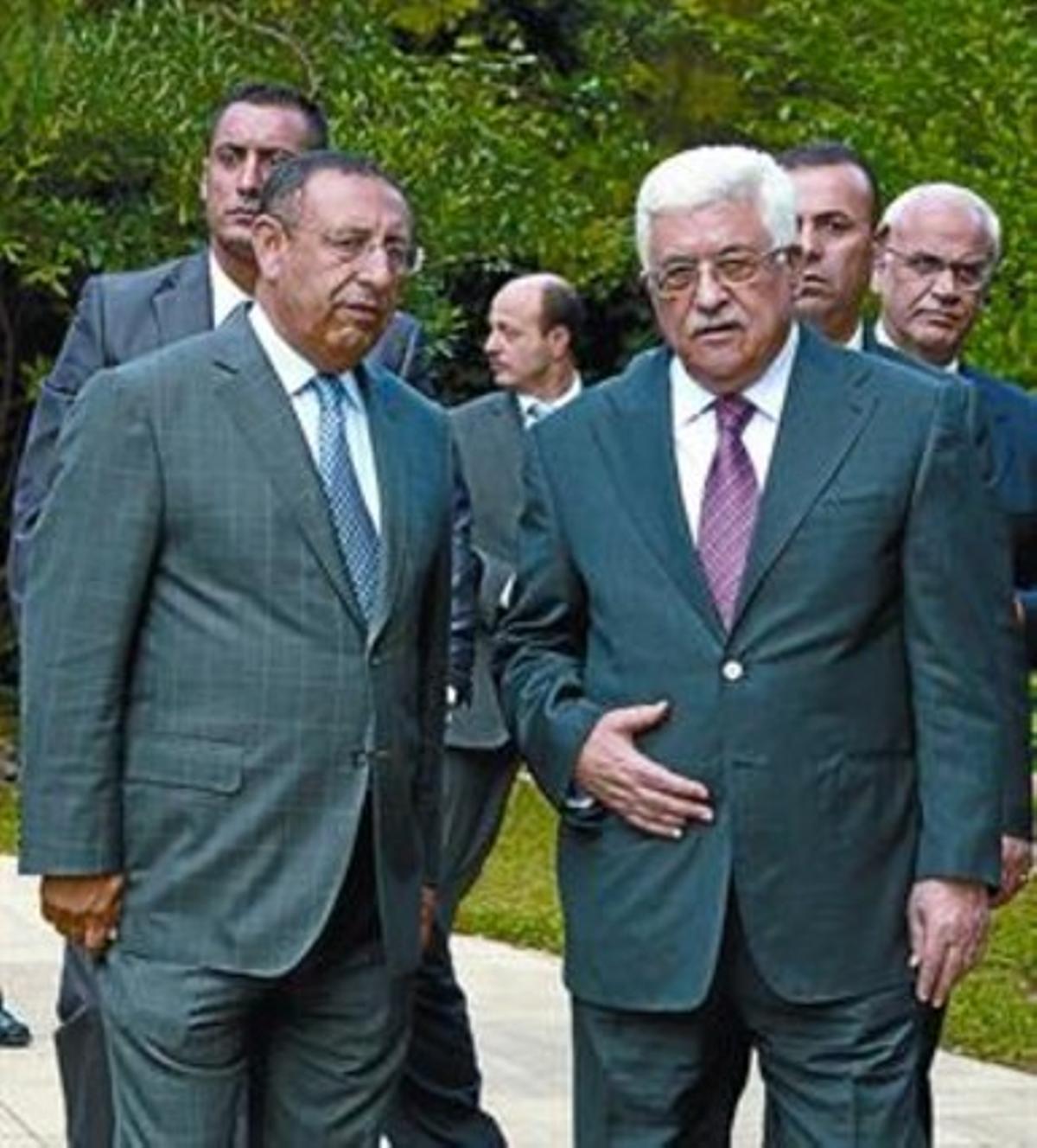 Abbás y Amrani se reunieron en Barcelona, ayer.