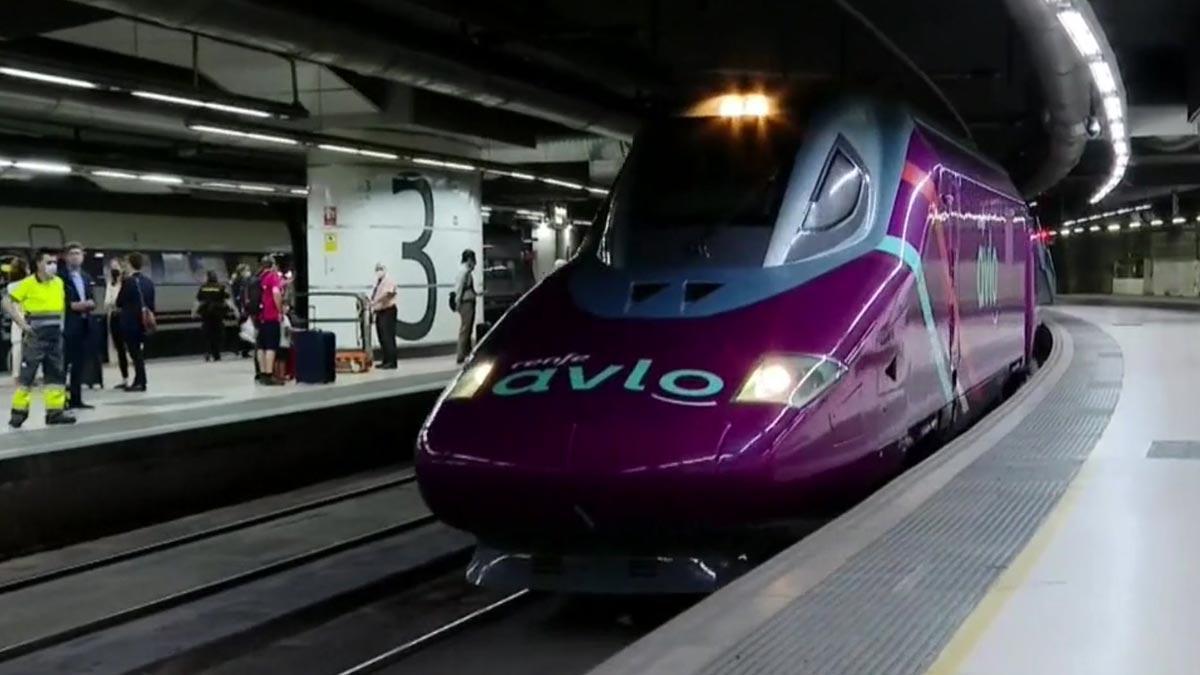 Renfe estrena el Avlo con viajes entre Madrid y Barcelona.