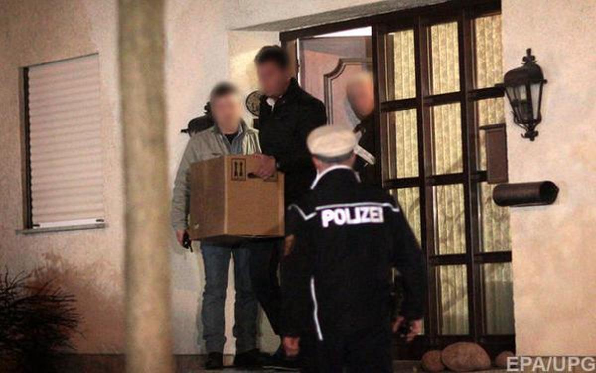 Vídeo del registro policial en casa Andreas Lubitz, copiloto del avión de Germanwings.