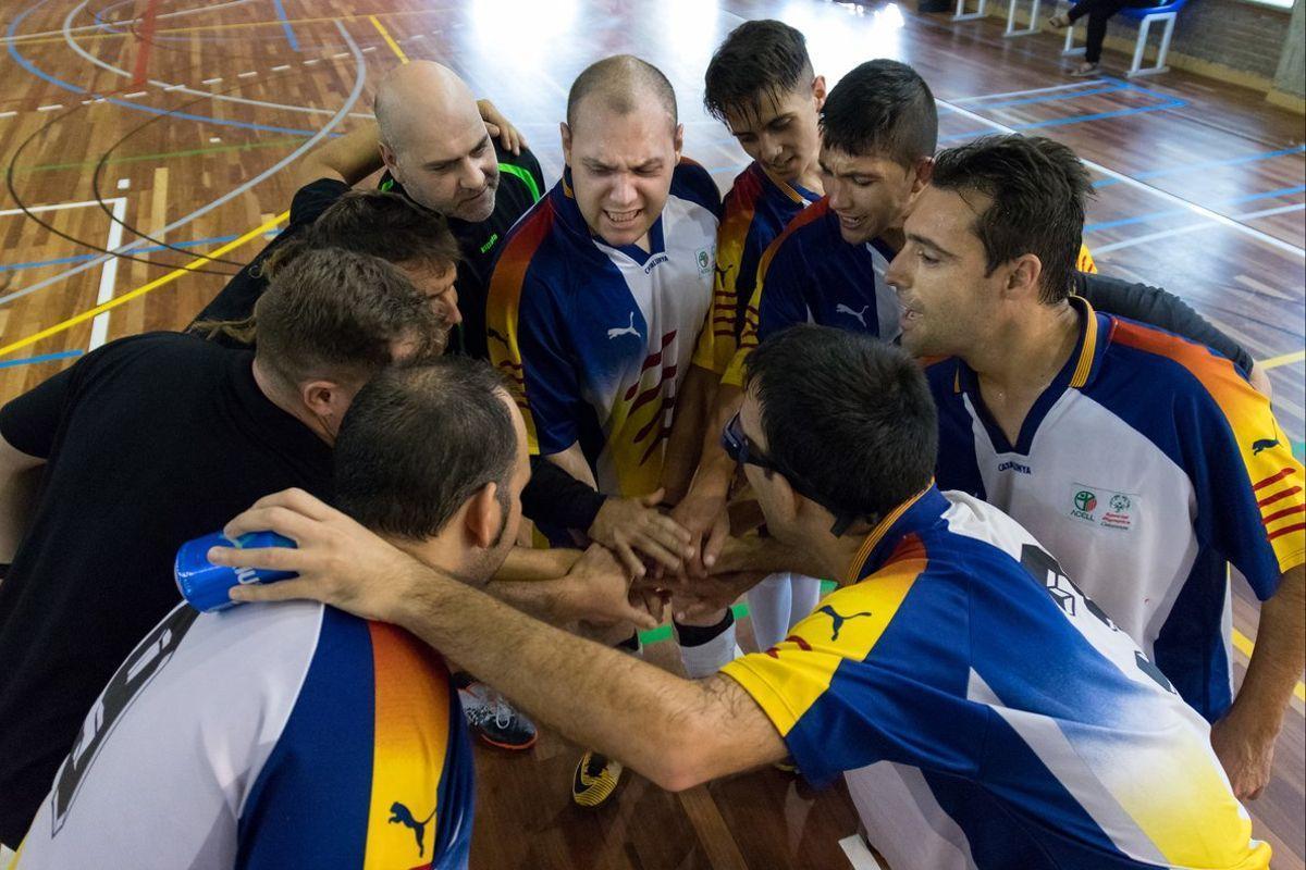 El equipo de Special Olympics Catalunya, antes de un partido de la pasada edición.