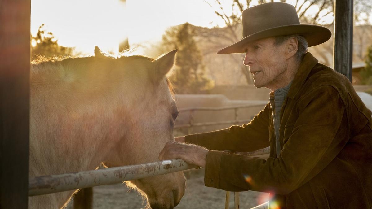Clint Eastwood, en un fotograma de 'Cry macho'.
