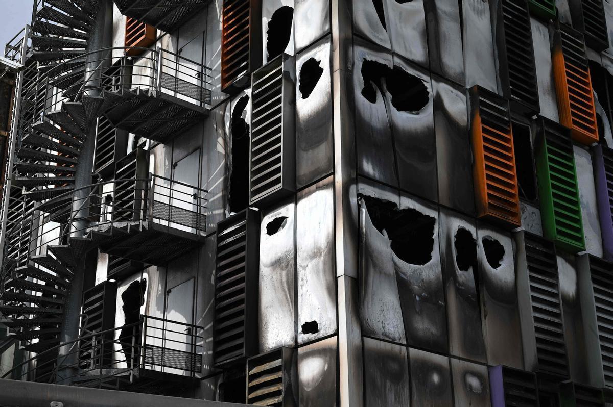 La sede en Estrasburgo del servidor OVH dañada tras el incendio.