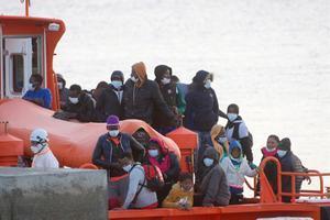 Rescatats 71 immigrants a la deriva a prop de Fuerteventura