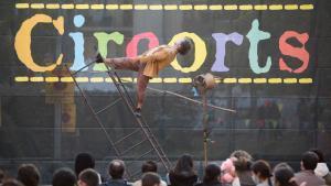 El circ pren el barri de les Corts