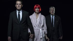 Kyle MacLachlan, Laura Dern y David Lynch, en una imagen promocional de 'Twin Peaks 3'