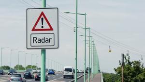 Todos los radares de la DGT: qué tipos hay, que tecnología emplean y cómo multan