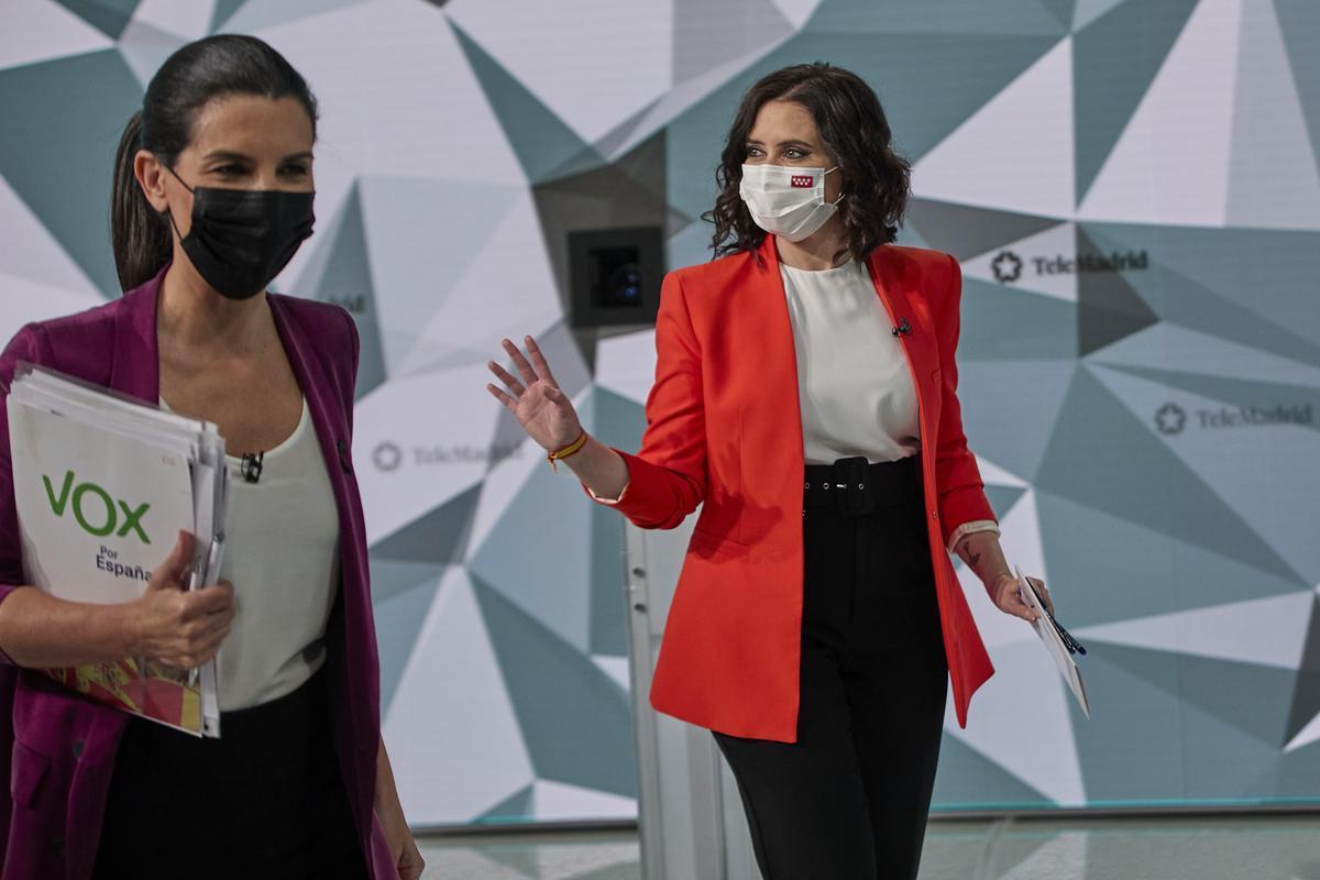La candidata de Vox en las elecciones de Madrid, Rocío Monasterio, y la del PP, Isabel Díaz Ayuso.