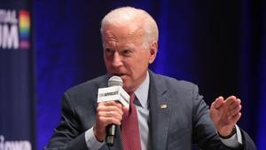Biden revoca la mesura de Trump que vetava els migrants per risc laboral