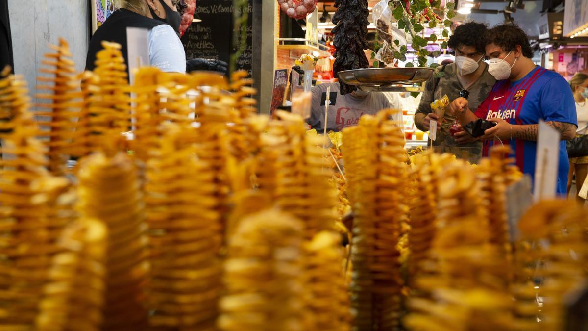 Patatas fritas que parecen esculturas atraen a los turistas