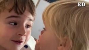 La madre de Anna y Olivia difunde un vídeo de las niñas, desaparecidas en Tenerife.