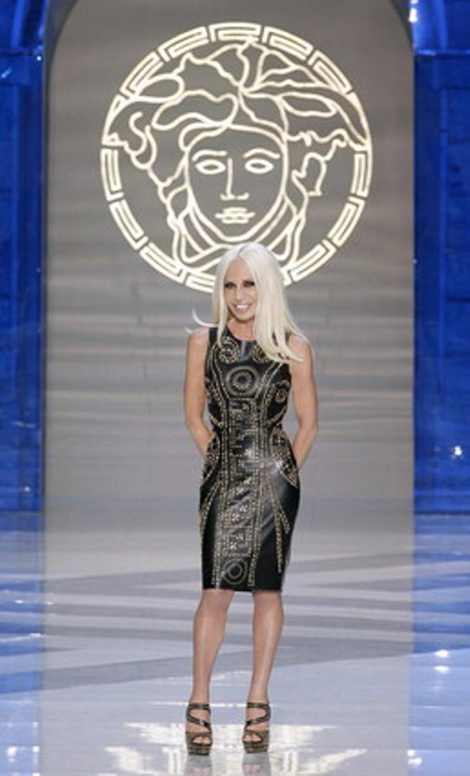 Donatella Versace, en el desfile de su última colección masculina.