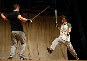 'Scaramouche' afila l'espasa al Victòria