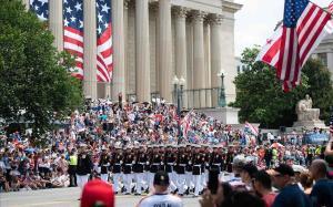 Desfile militar por el 4 de julio en Washington.