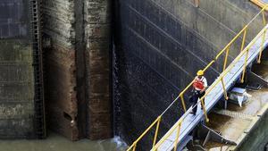 La esclusa de Miraflores en el Canal de Panamá.