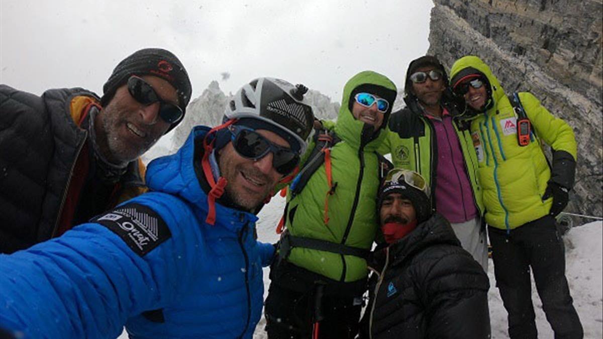 'Selfie' de los miembros de la primera expedición.