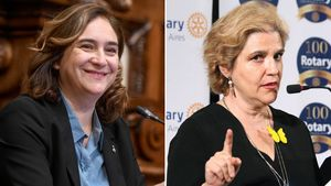 Ada Colau y Pilar Rahola.