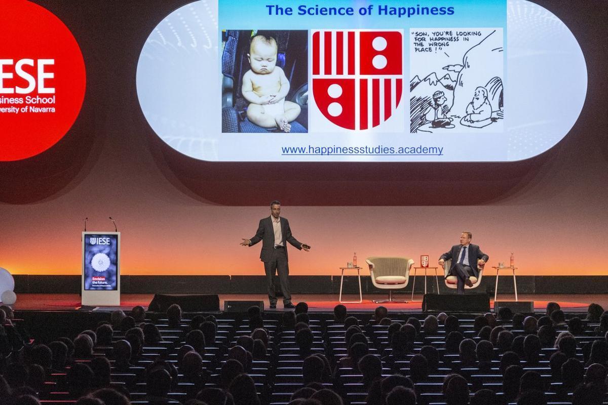 Conferencia de Tal Ben-Shahar, profesor de la Universidad de Harvard en el congreso de exalumnos del IESE.