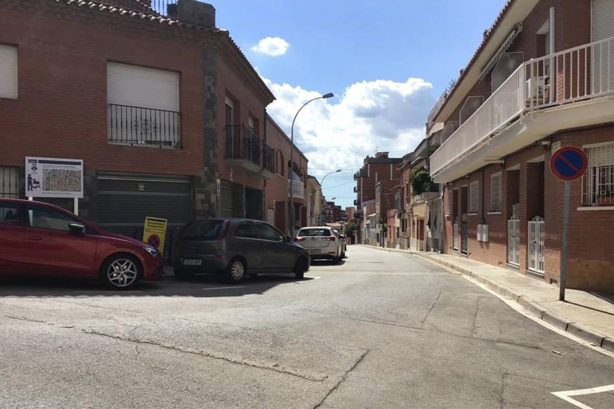 Tramo de la calle Castelló (Rubí) en el que se renovará la red de agua potable