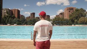 Madrid tanca des d'aquest dimarts les piscines i els parcs i jardins en horari nocturn davant el repunt de Covid-19