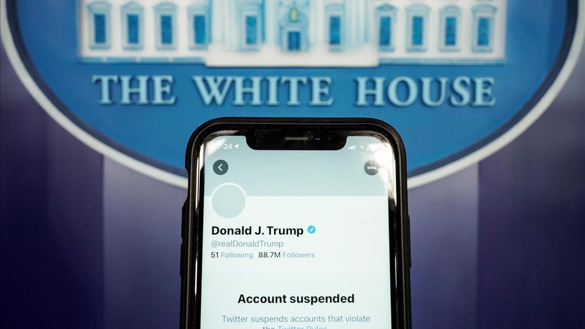 Captura de la cuenta de Twitter de Trump suspendida.