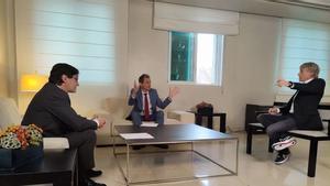 Jesús Calleja hablará con Salvador Illa y Pedro Duque sobre vacunas en un especial en Cuatro