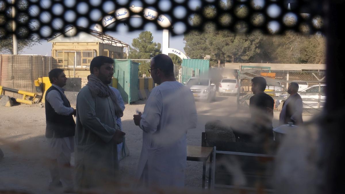 Puesto de control de los talibanes en Marzar-e-Sharif, en la frontera de Afganistán y Uzbekistán.