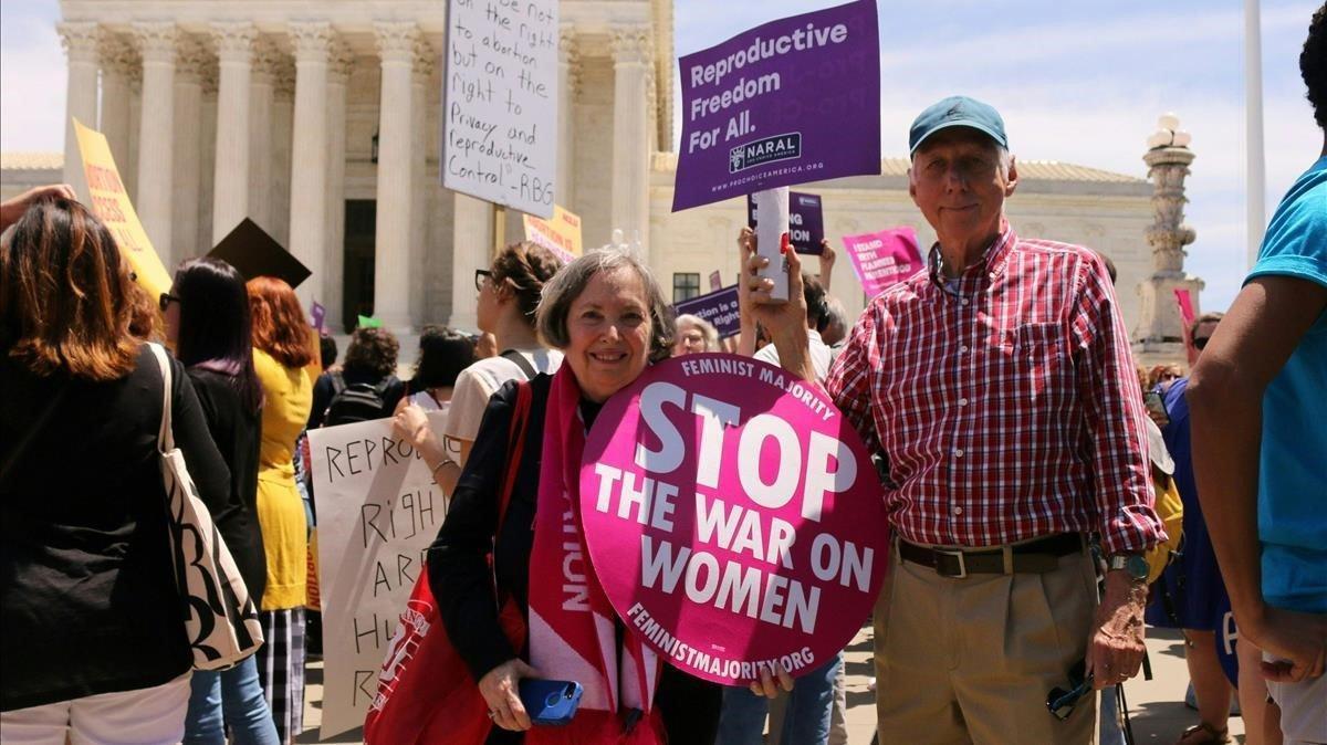 El Suprem dels EUA preserva el dret a l'avortament