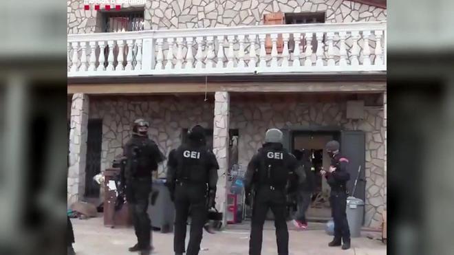 Desarticulada una banda dedicada al tráfico de marihuana desde Barcelona