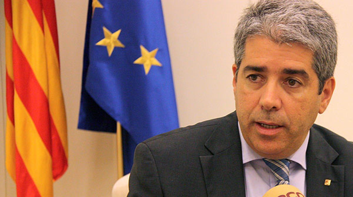 El 'conseller' Homs llama a convertir las europeas en el ensayo general de la consulta.