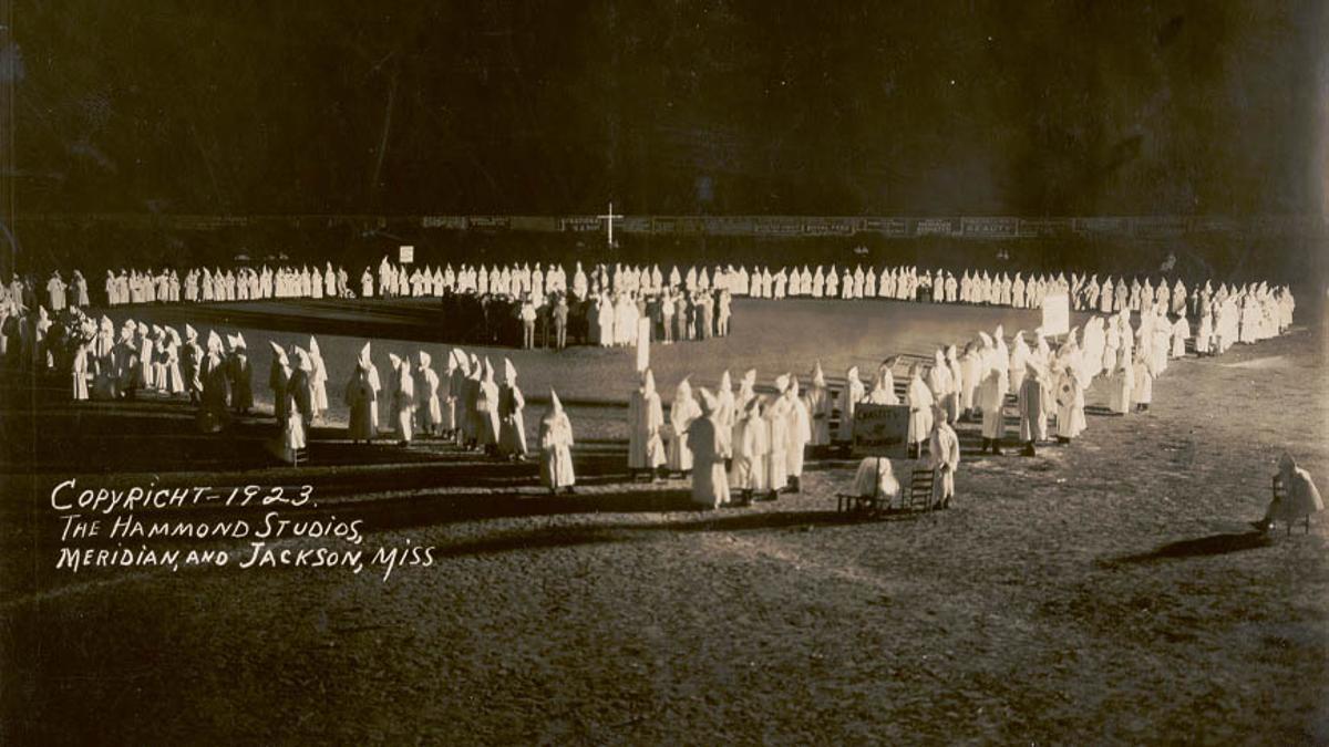 Imagen de 'El Ku Klux Klan: una historia americana', en 'La noche temática'
