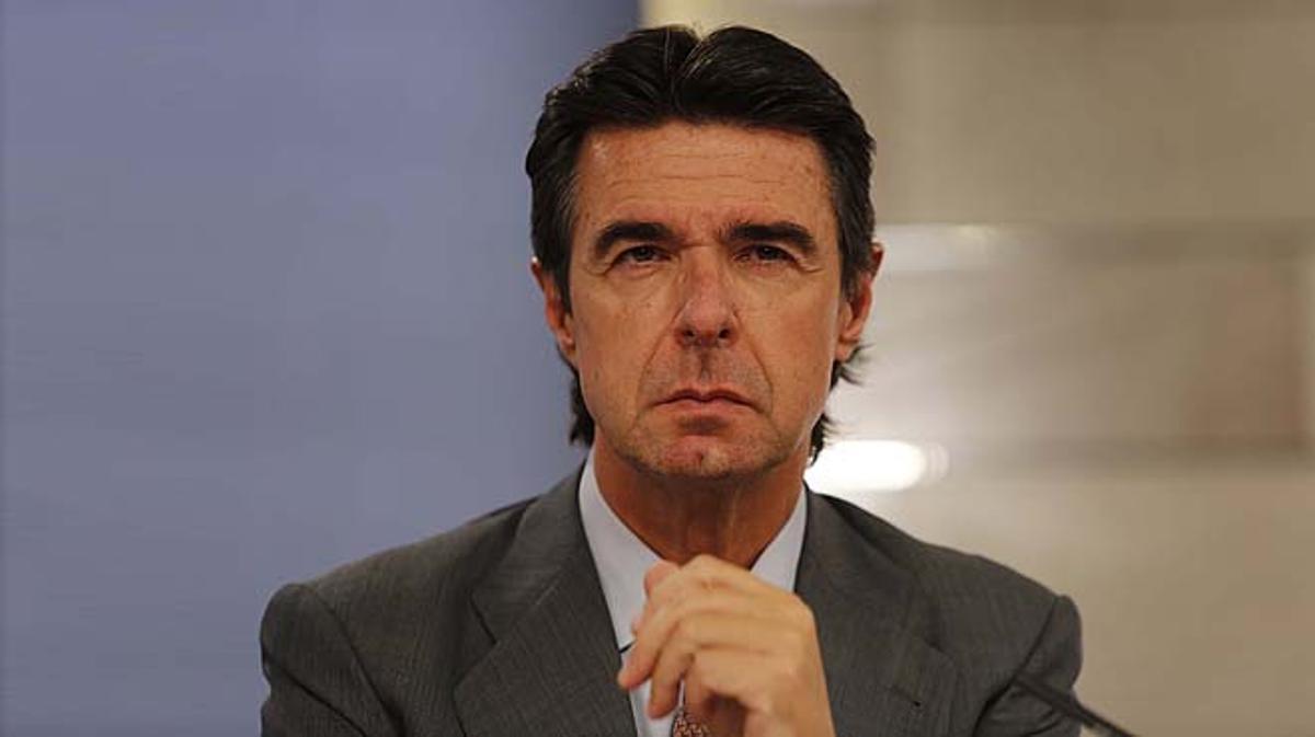 José Manuel Soria fue secretario de la matriz británica de UK Lines entre 1991 y 1997.