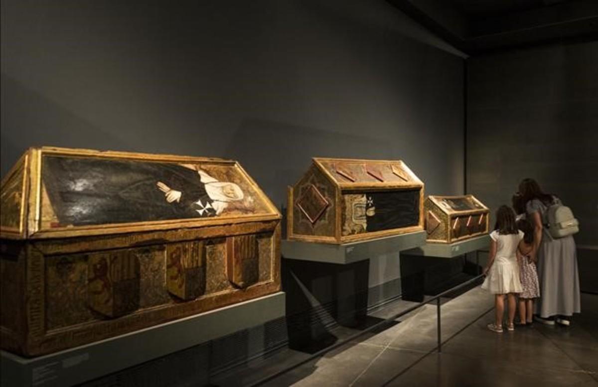 Tres caja sepulcrales del monasterio de Sijena custodiadas por el Museu de Lleida y reclamadas por Aragón.