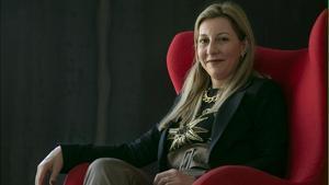 La escritora vasca Eva García Sáenz de Urturi, este viernes.