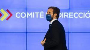 Moció de censura | Casado no revela el seu vot i menysprea Vox: és una «qüestió menor»