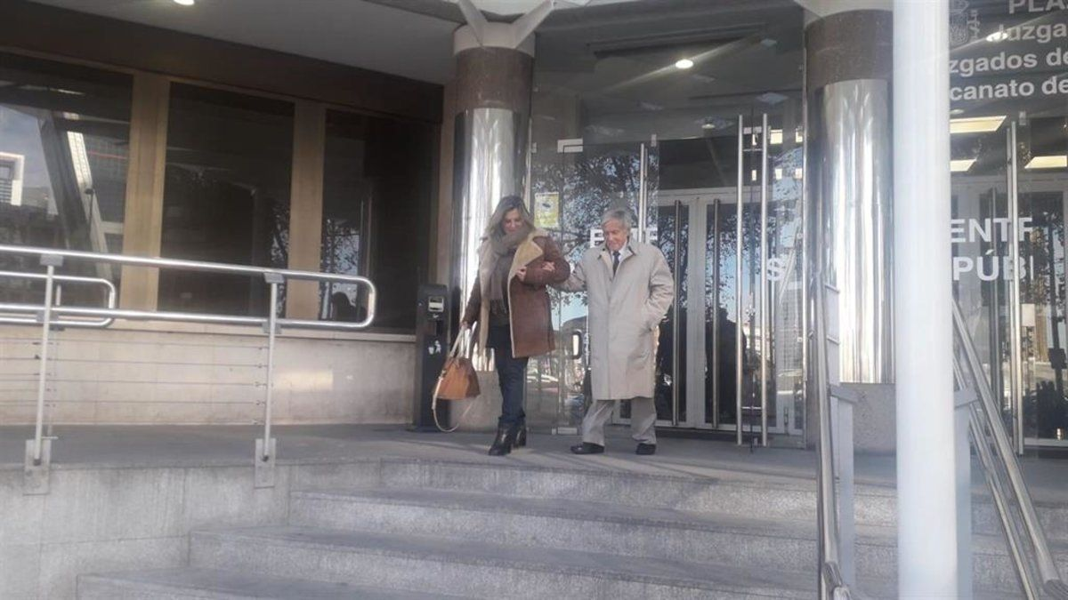 Vicente Moreda a la salida de los juzgados de Plaza de Castilla.