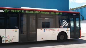 Uno de los buses urbanos de Rubí, equipado con wifi.