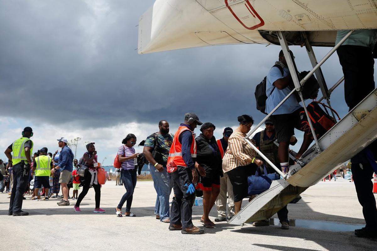 Cientos de personas fueron rescatadas y otras cientos están desaparecidas y 70.000 no tienen vivienda, según la ONU.