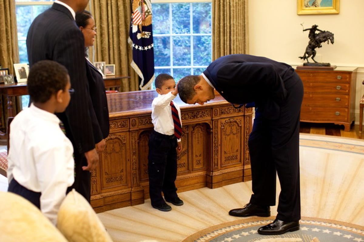 Me gustaría saber si mi pelo es como el suyo, pidió Jacob Philadelphia, de 5 años, al presidente de Estados Unidos, Barack Obama.