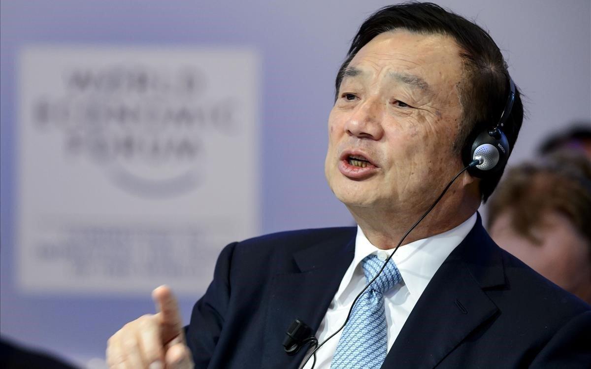 El fundador de Huawei,Ren Zhengfei, durante una entrevista.