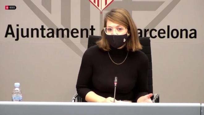 Janet Sanz explica la reforma de la calle de Pelai, en Barcelona