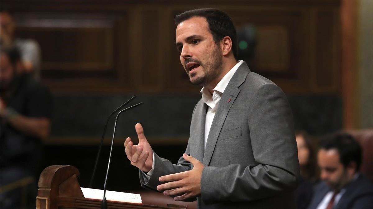 Alberto Garzón, líder de Izquierda Unida, en su intervención durante la primera ronda de la investidura de Pedro Sánchez.