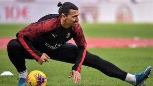 Ibrahimovic, en un entrenamiento con el Milan.