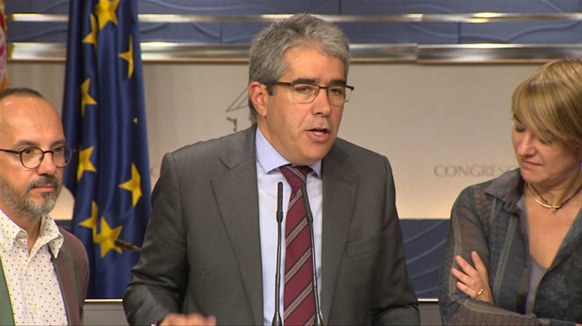 Homs, contra la actuación gregaria que, a su juicio, está mostrando en este procedimiento el Tribunal Supremo.
