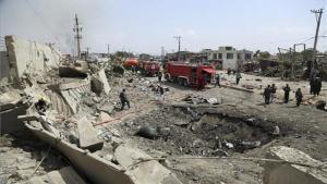 Atentado terrorita en Kabul con coches bomba.