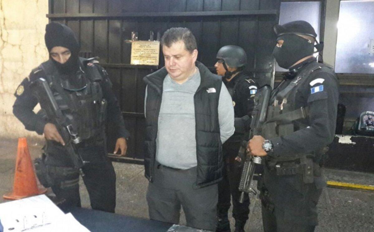 Díaz Morales, alias El Rojo.