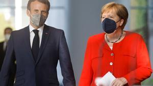 Emmanuel Macron y Angela Merkel.