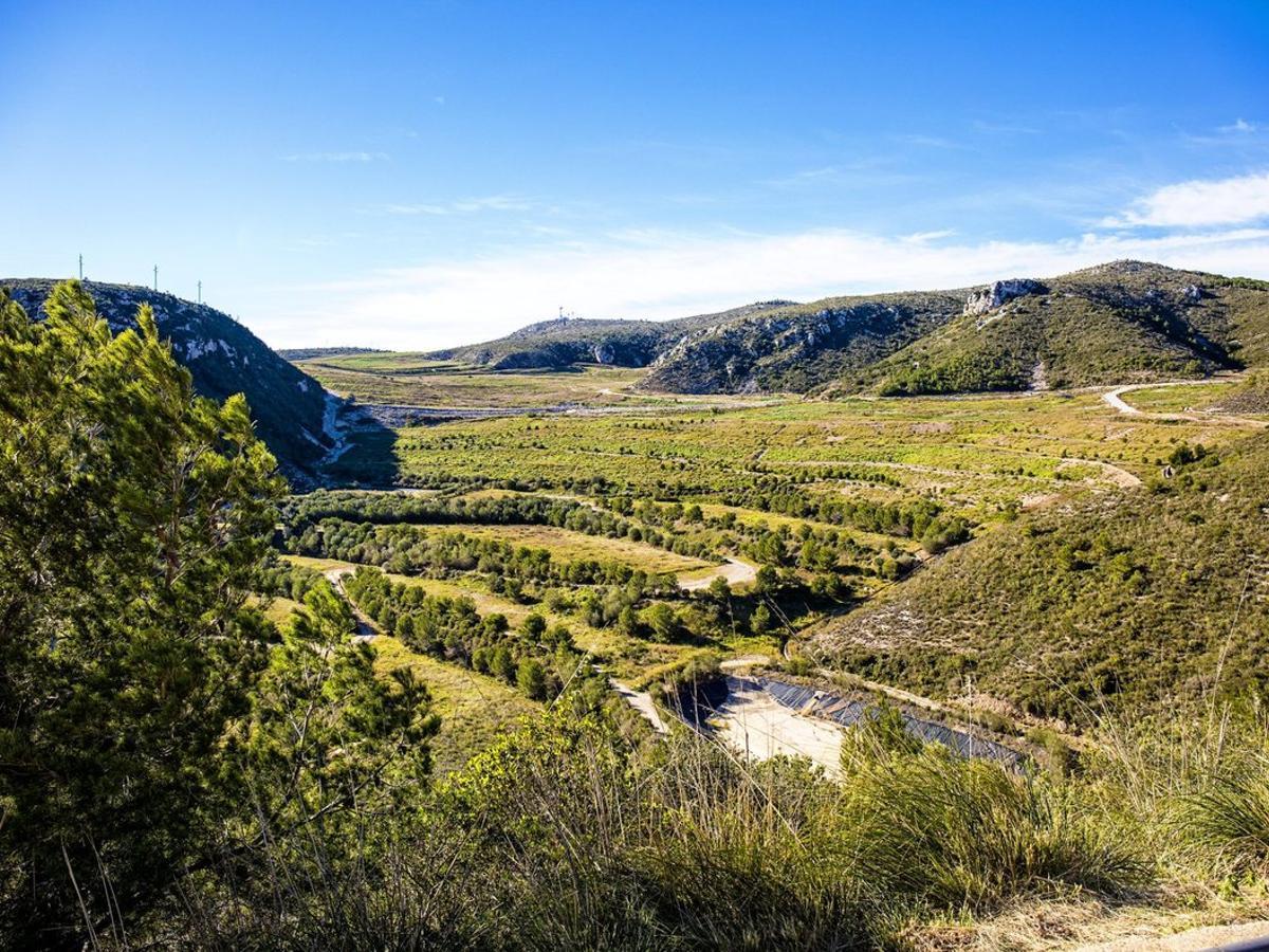 Antiguo vertedero de la Vall d'en Joan, entre Gavà y Begues.
