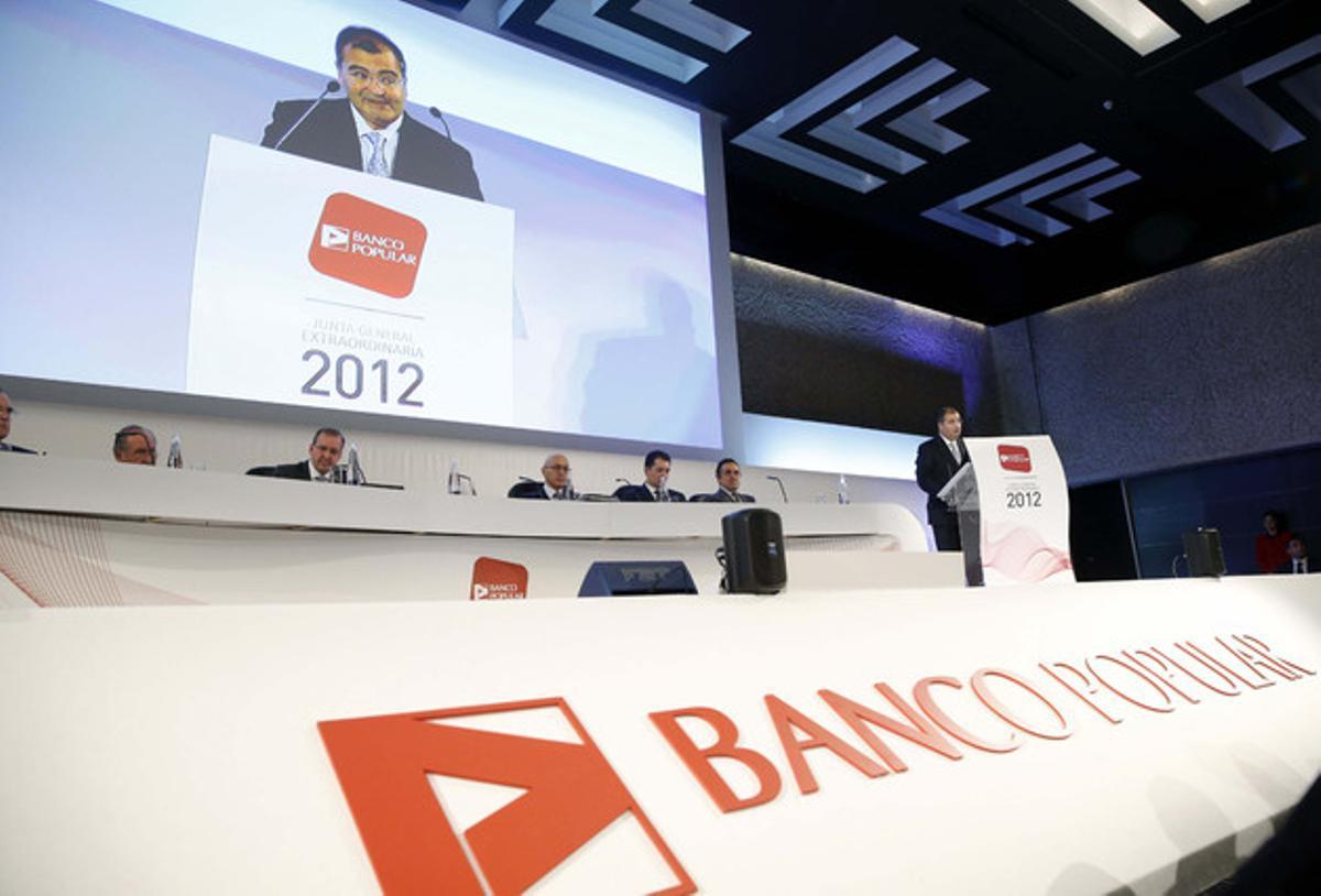 El presidente del Banco Popular, Ángel Ron, durante la junta de accionistas, el sábado en Madrid.